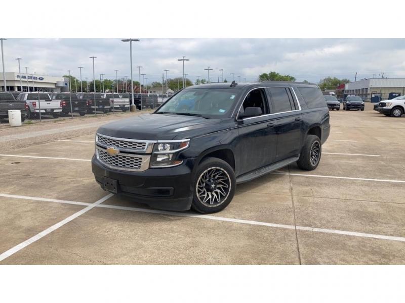 Chevrolet Suburban 2017 price $36,980