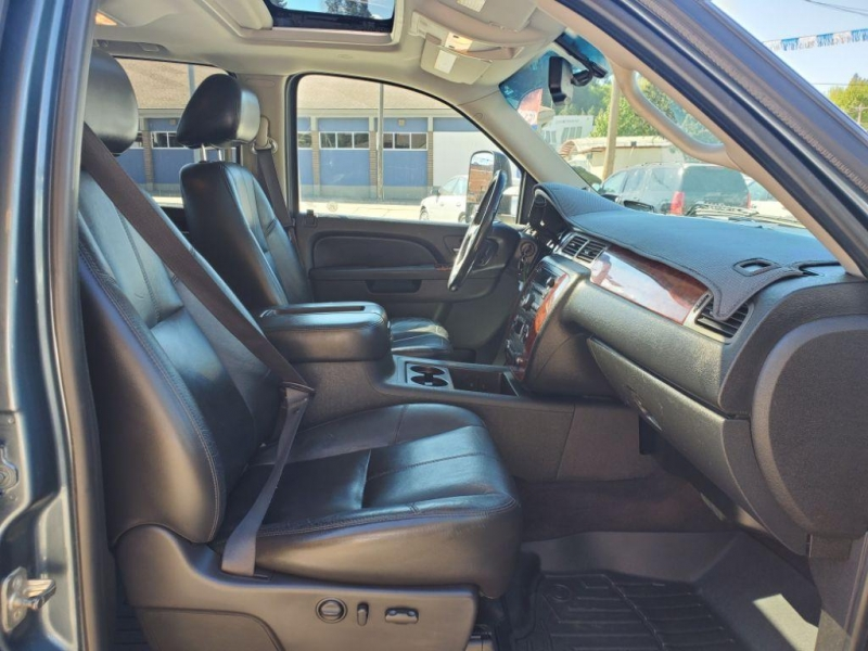 Chevrolet Silverado 2011 price $33,980