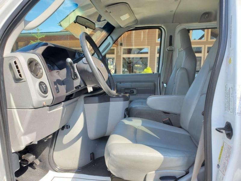 Ford Econoline Wagon 2012 price $44,980