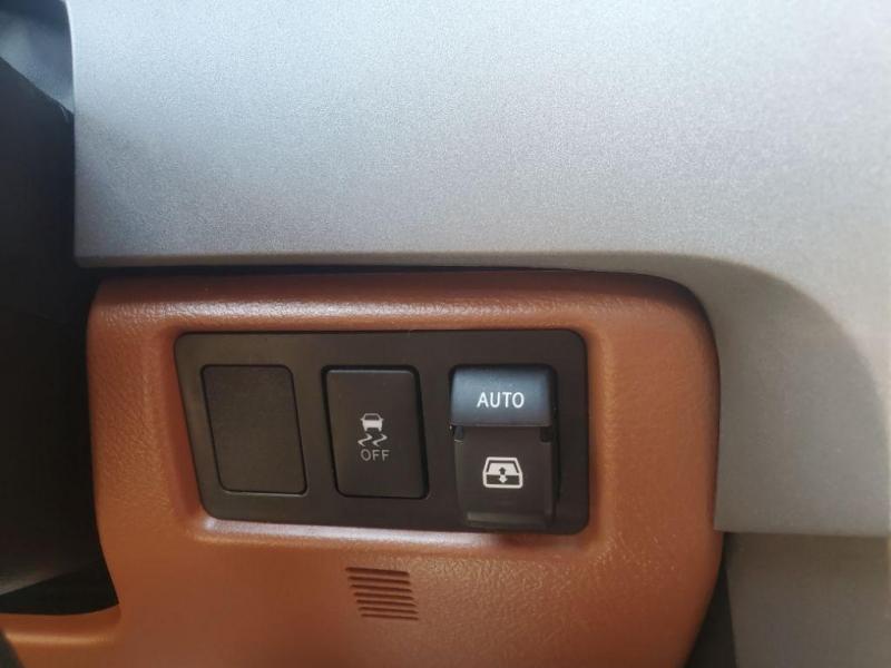 Toyota Sequoia 2013 price $26,980