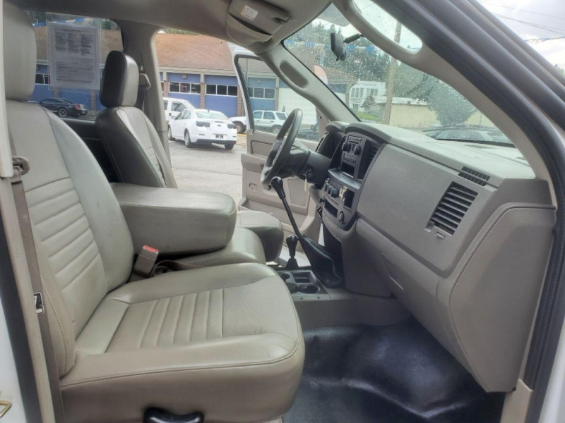 Dodge Ram Pickup 2006 price $14,980