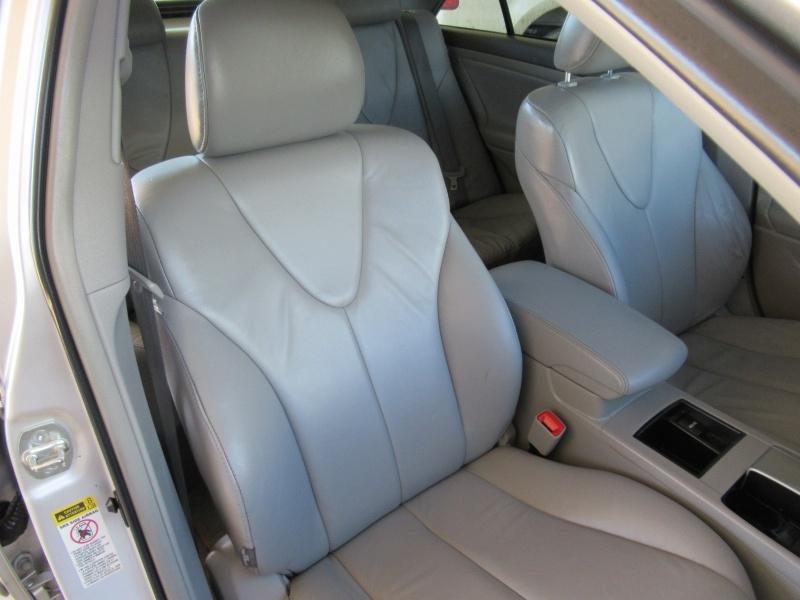 Toyota Camry Hybrid 2009 price $5,495