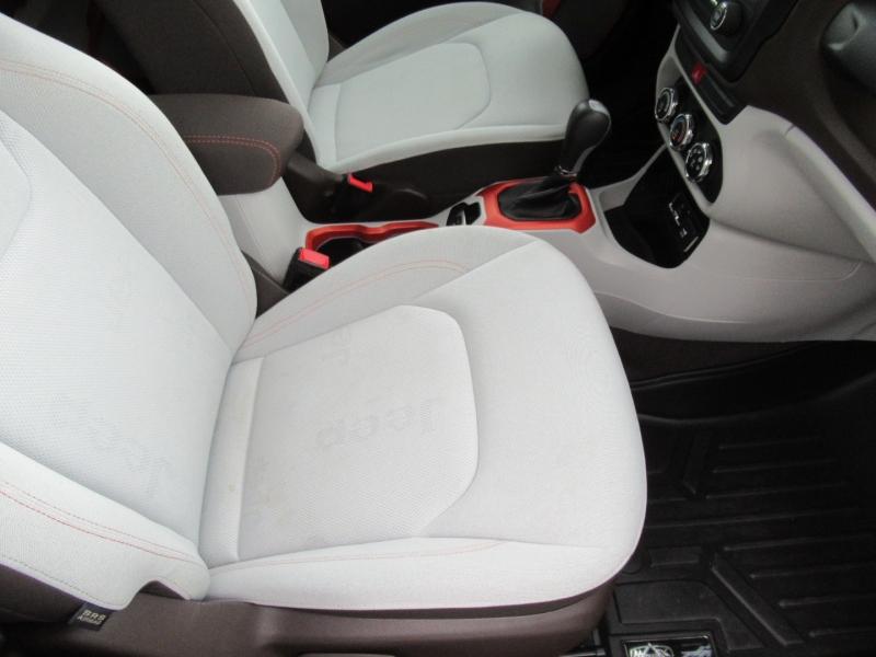 Jeep Renegade 2015 price $16,995
