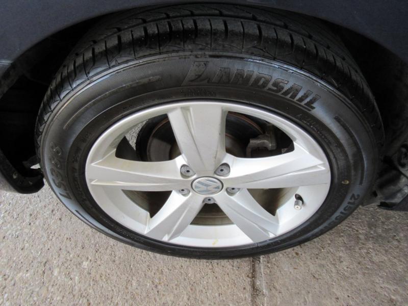 Volkswagen Passat 2012 price $7,995