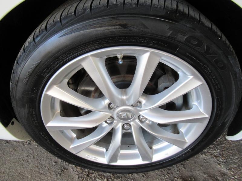 Infiniti G37 Coupe 2011 price $11,995