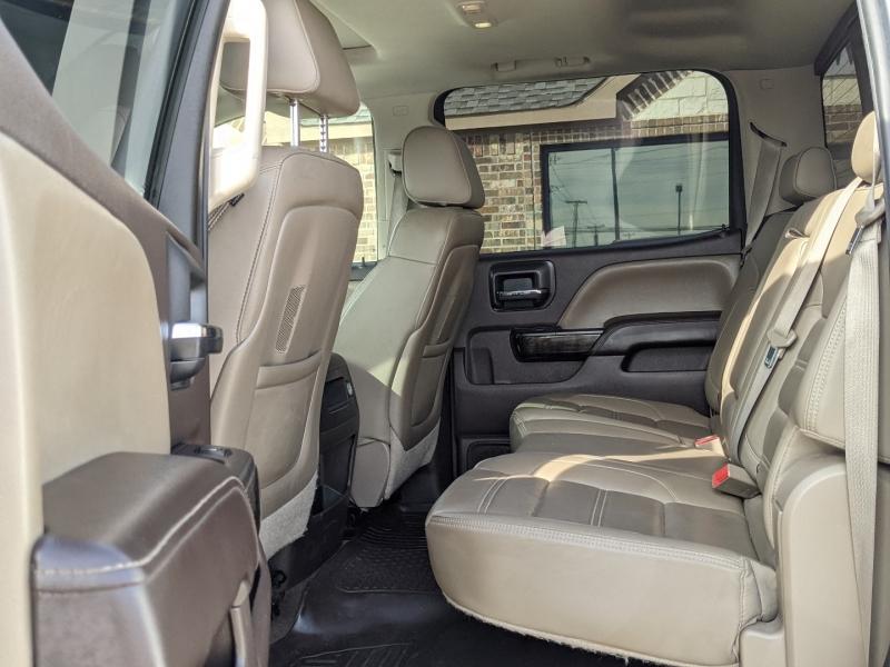 GMC Sierra 2500HD Denali 2015 price $44,995