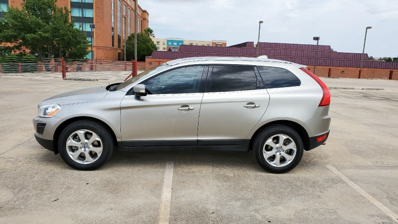 Volvo XC60 2013 price $11,950 Cash