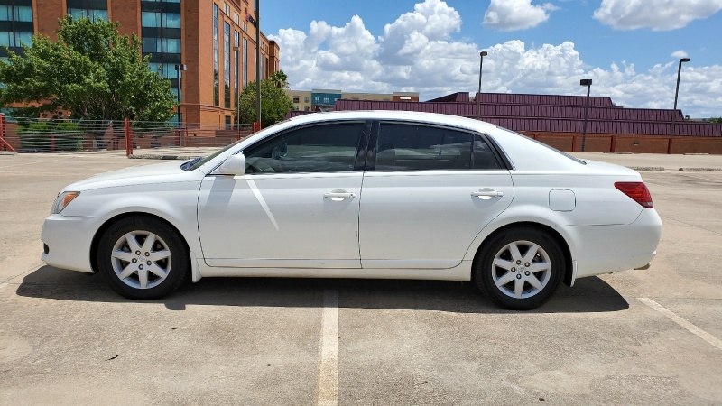 Toyota Avalon 2008 price $5,350 Cash