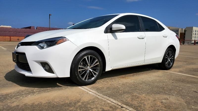 Toyota Corolla 2016 price $15,450 Cash