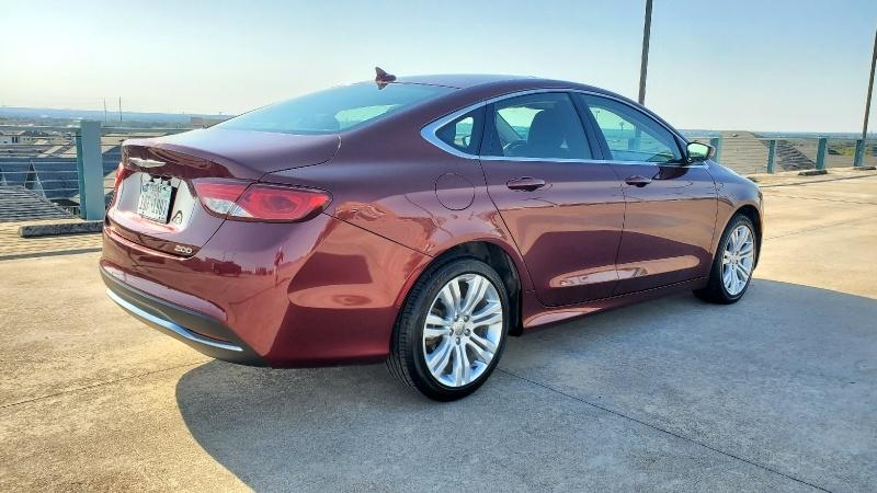 Chrysler 200 2016 price $10,450 Cash