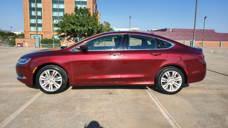 Chrysler 200 2016 price $10,950 Cash