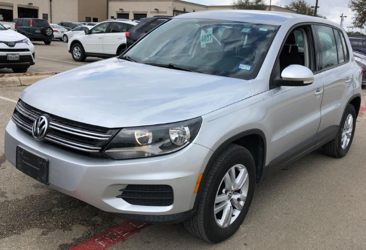 Volkswagen Tiguan 2013 price $7,950