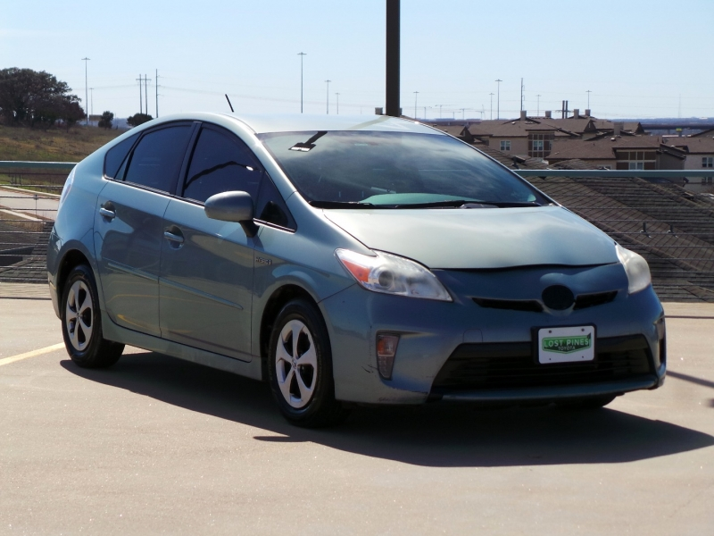 Toyota Prius 2013 price $5,950 Cash