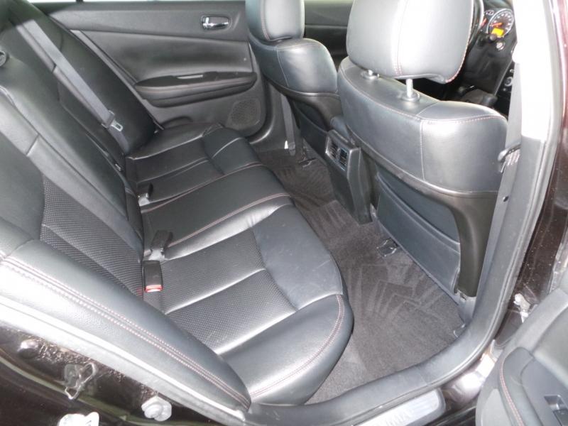 Nissan Maxima 2011 price $7,850 Cash