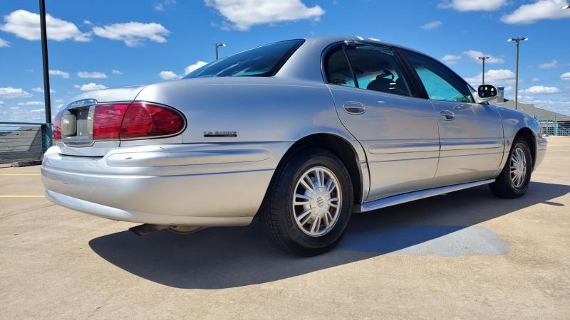Buick LeSabre 2002 price $5,950 Cash