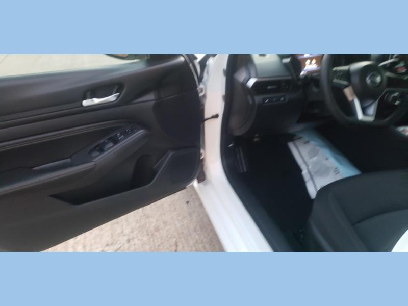 Nissan Altima 2020 price $17,995