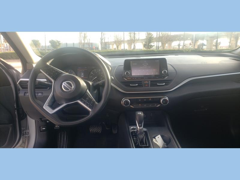 Nissan Altima 2021 price $17,495
