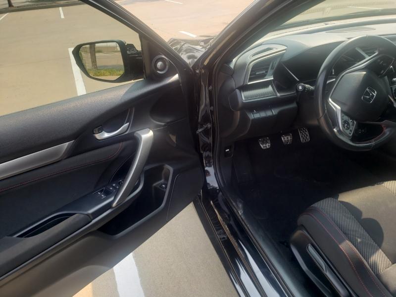 Honda Civic Si Coupe 2019 price $15,995