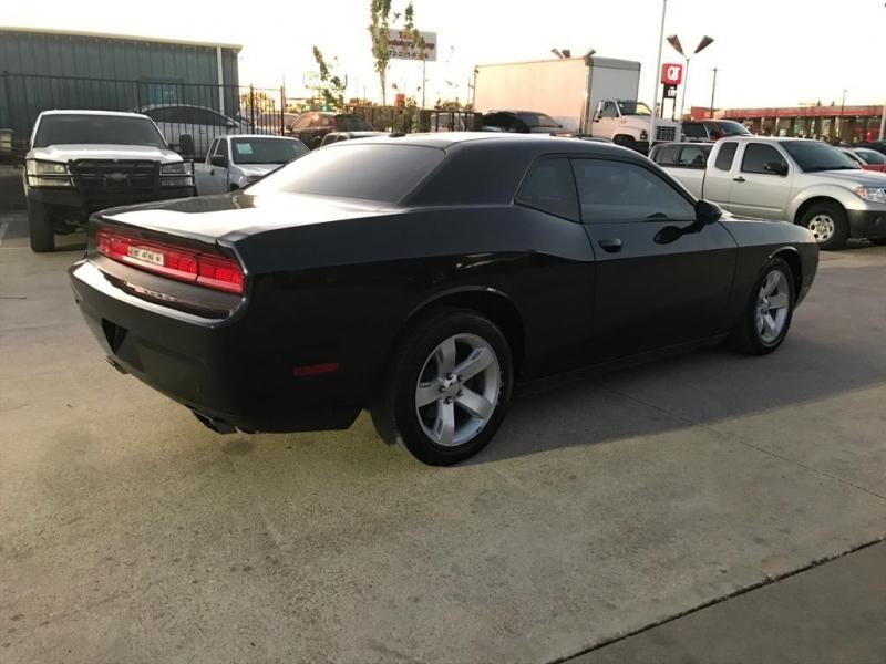 Dodge Challenger 2012 price $11,500