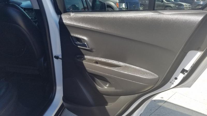 Chevrolet Trax 2017 price $15,500