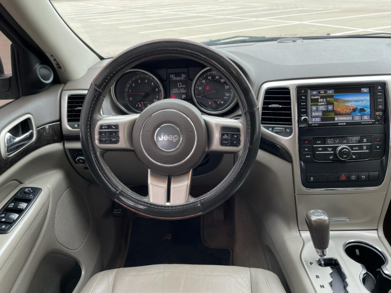 Jeep Grand Cherokee 2013 price $15,500