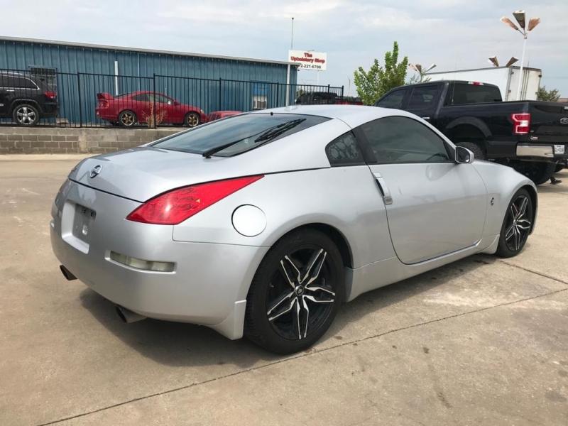 Nissan 350 Z 2006 price $10,500
