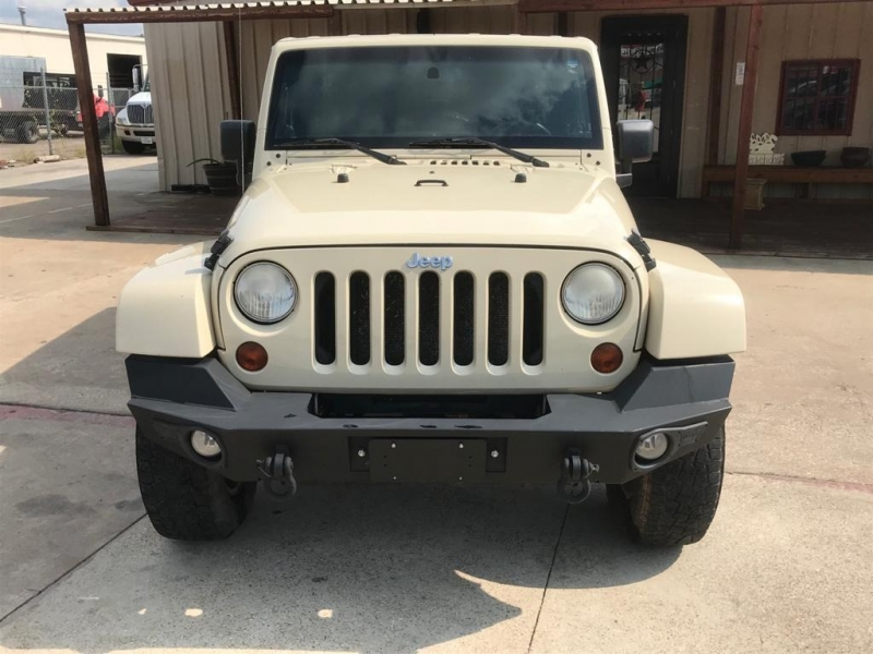 Jeep Wrangler Unlimited 2011 price $19,950