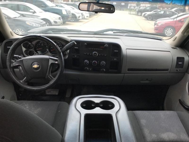 Chevrolet Silverado 2500HD 2013 price $11,500