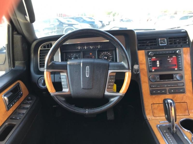 Lincoln Navigator L 2011 price $7,500