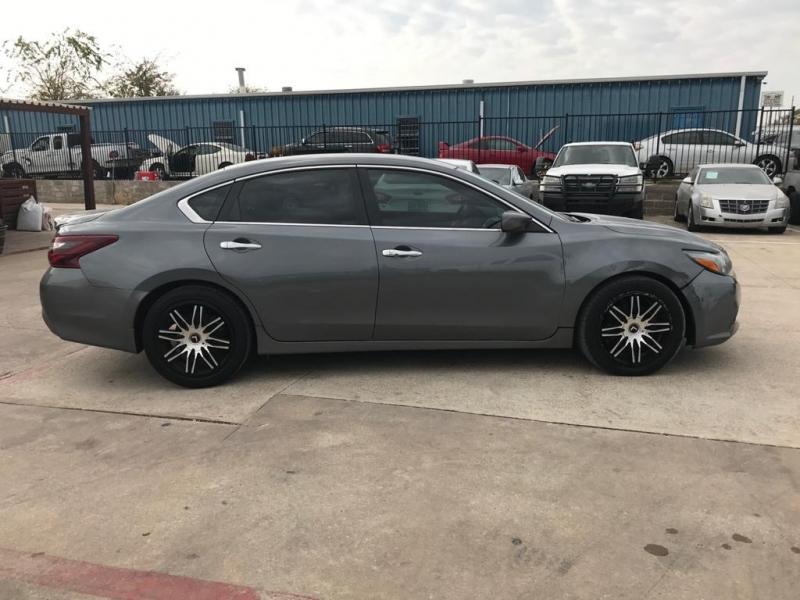 Nissan Altima 2017 price $13,500