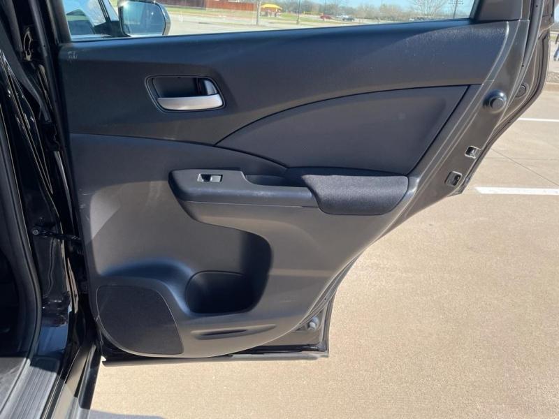 Honda CR-V 2015 price $18,500