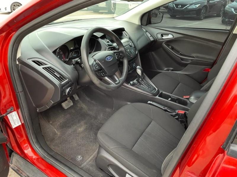 Ford Focus 2018 price $14,900