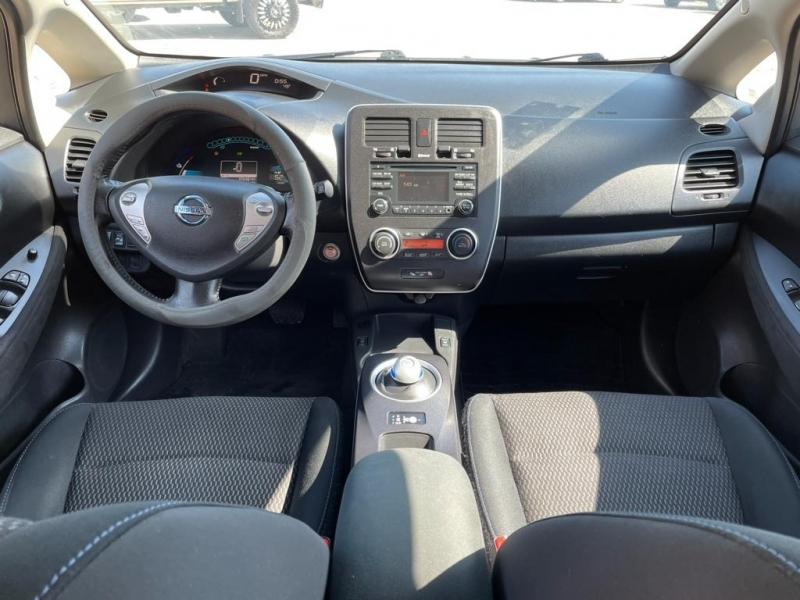 Nissan LEAF 2015 price $12,500