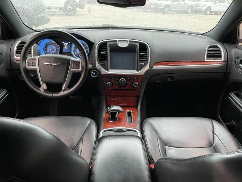 Chrysler 300 2014 price $17,500