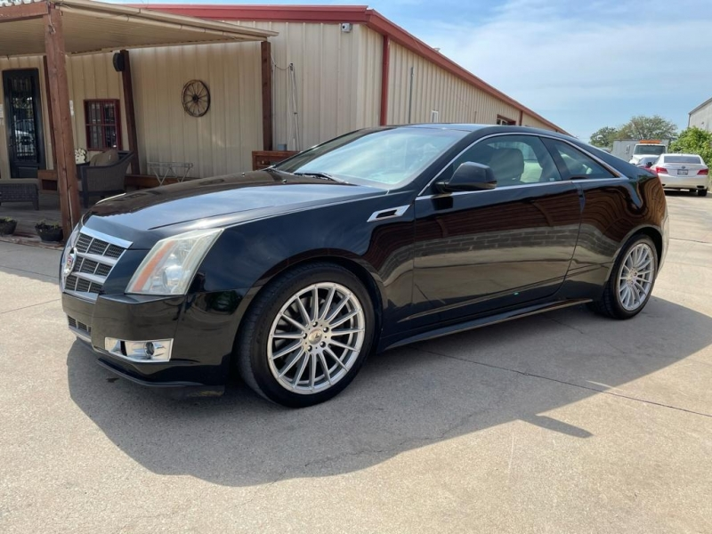 Cadillac CTS Coupe 2011 price $15,000