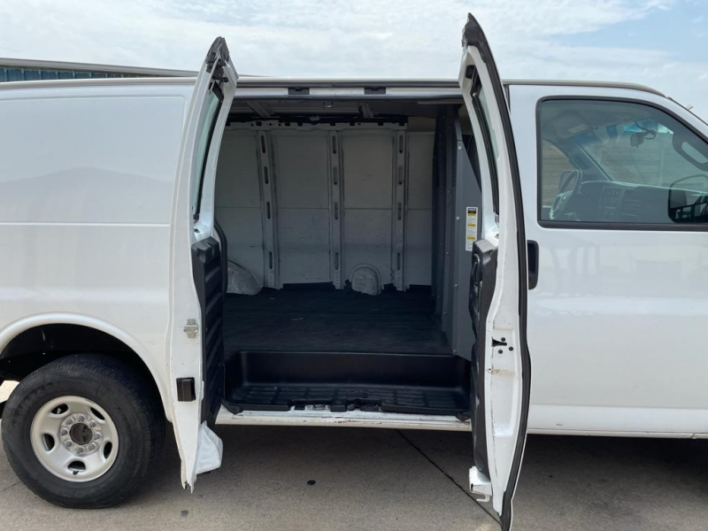 Chevrolet Express Cargo Van 2018 price $16,500