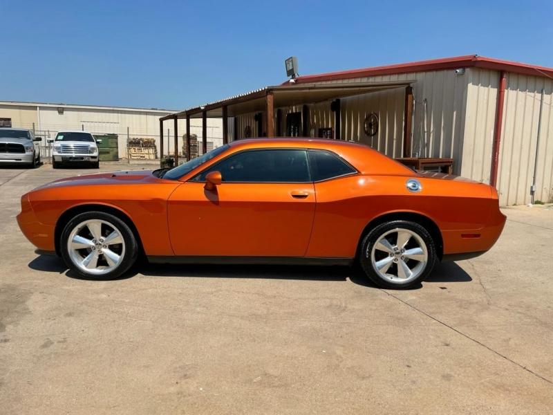 Dodge Challenger 2011 price $12,500