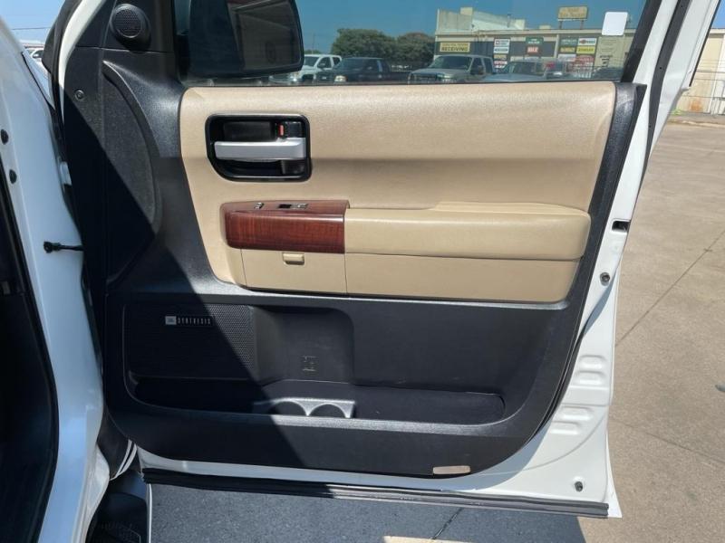 Toyota Sequoia 2012 price $28,900