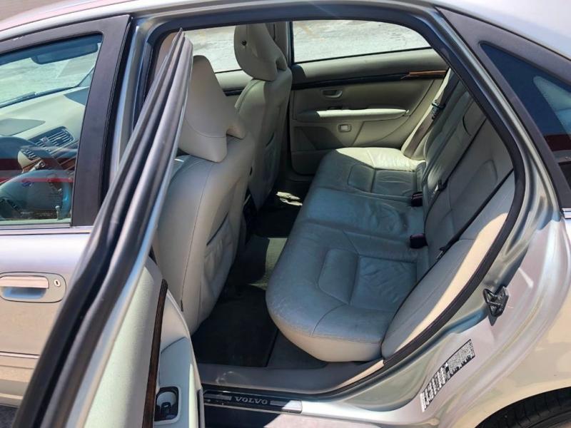 Volvo S80 2005 price $5,950