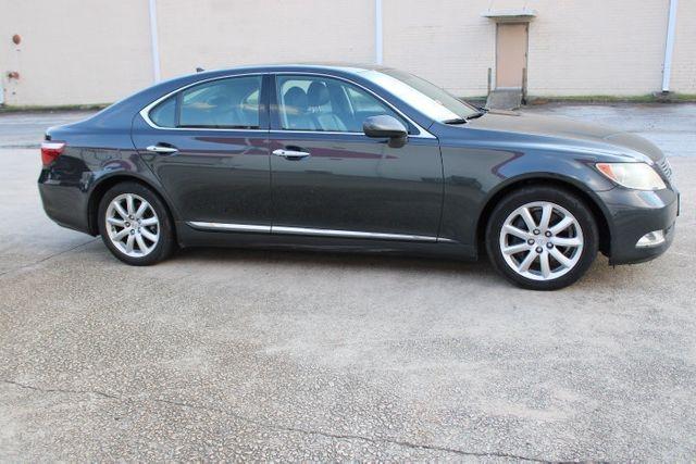 Lexus LS 460 2008 price $13,700