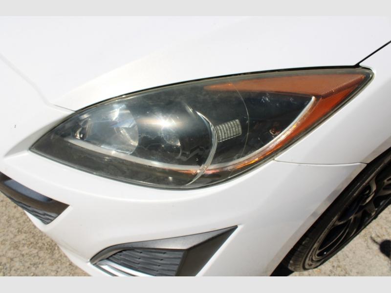 Mazda Mazda3 2011 price $8,700
