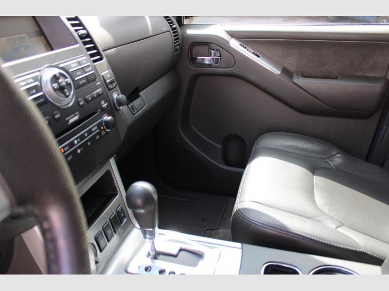 Nissan Pathfinder 2011 price $10,900