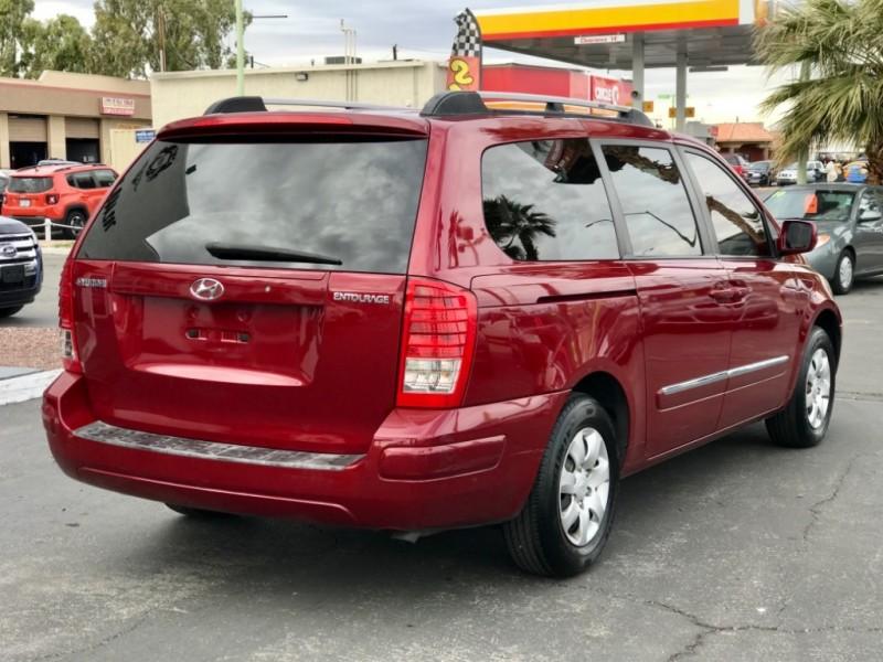 Hyundai Entourage 2007 price $6,495