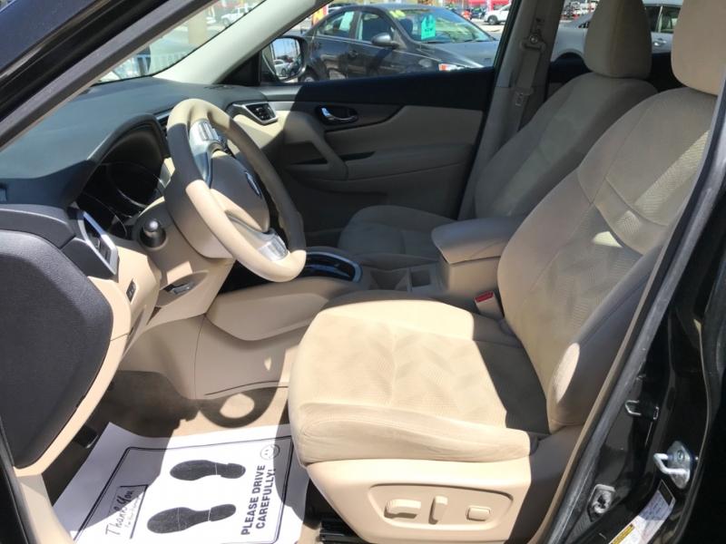 Nissan Rogue 2015 price $12,495