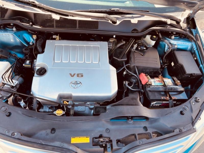 Toyota Venza 2012 price $15,495