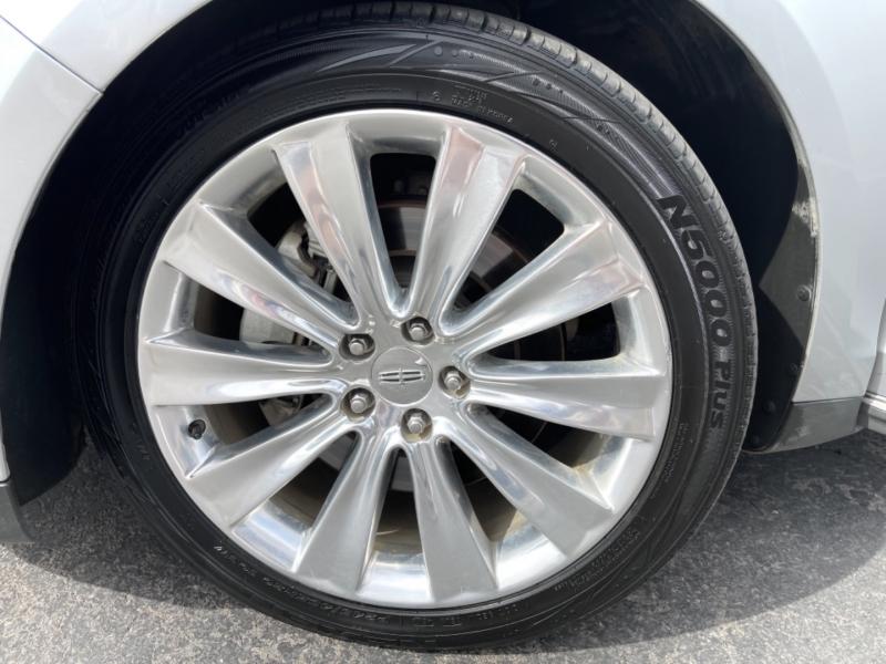 Lincoln MKS 2013 price $15,995