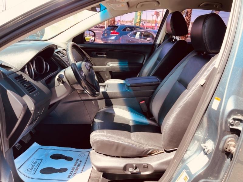 Mazda CX-9 2010 price $11,995