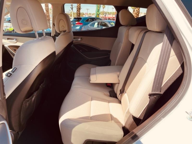 Hyundai Santa Fe 2013 price $15,495
