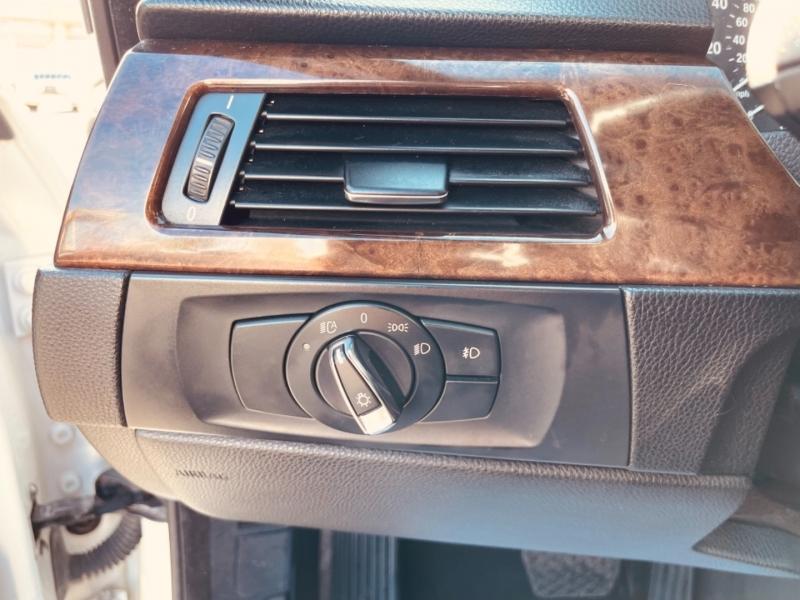 BMW 3-Series 2010 price $13,495