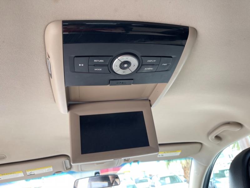 Kia Sorento 2011 price $11,995